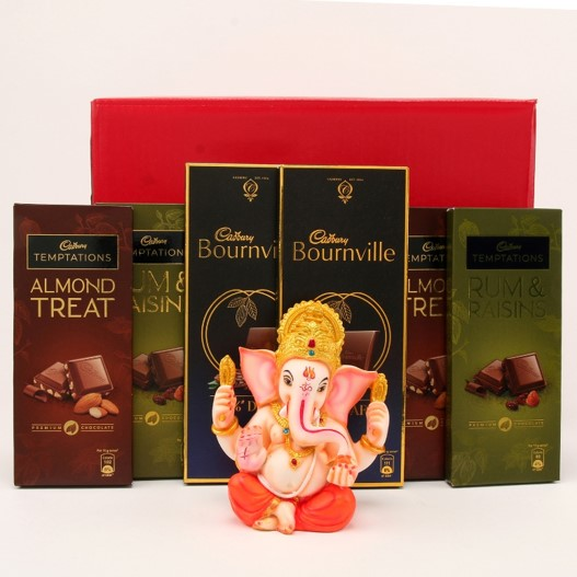 Ganesha Idol & Chocolates